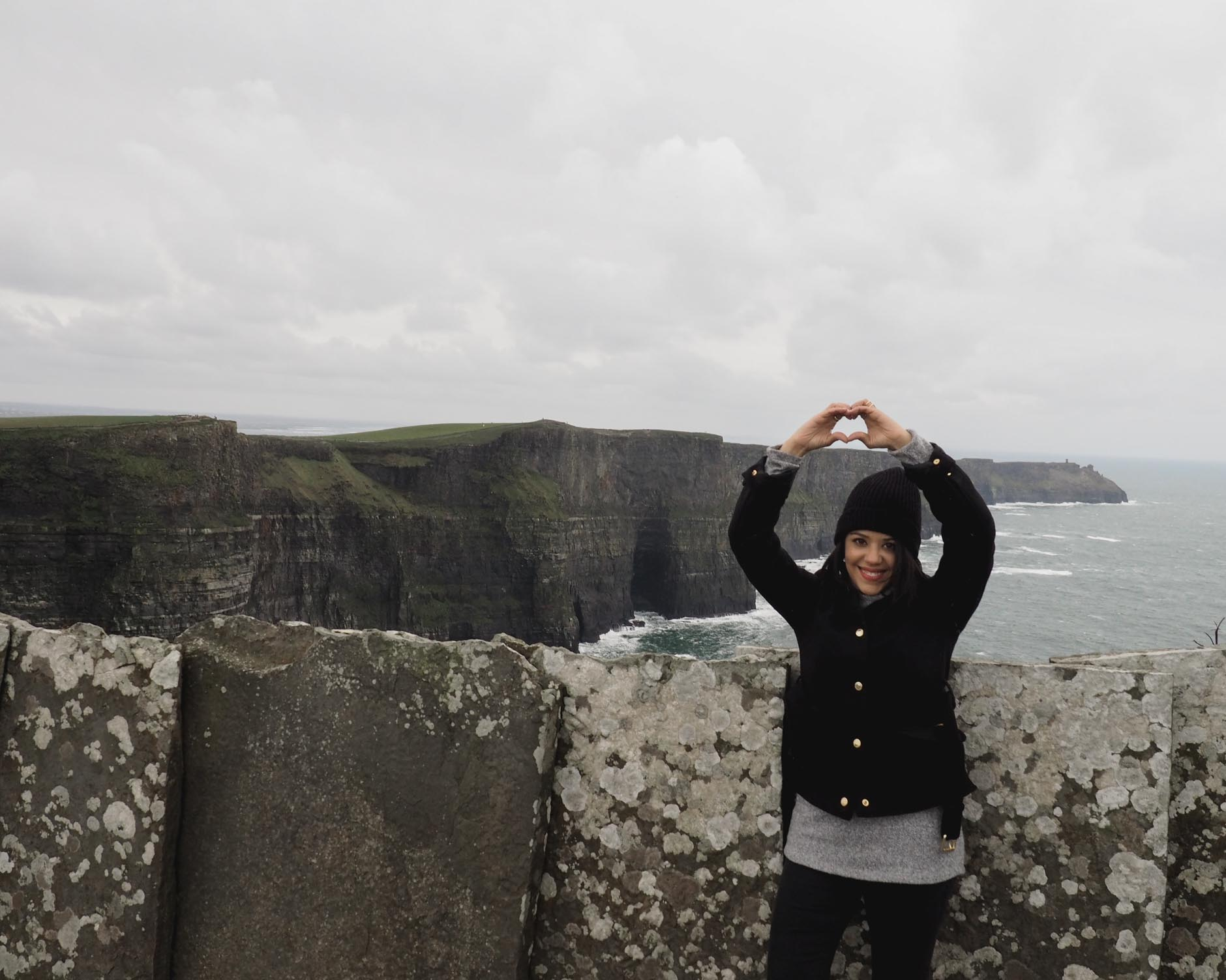 lifestyle blogger naty michele solo travel in ireland at the cliffs of moher