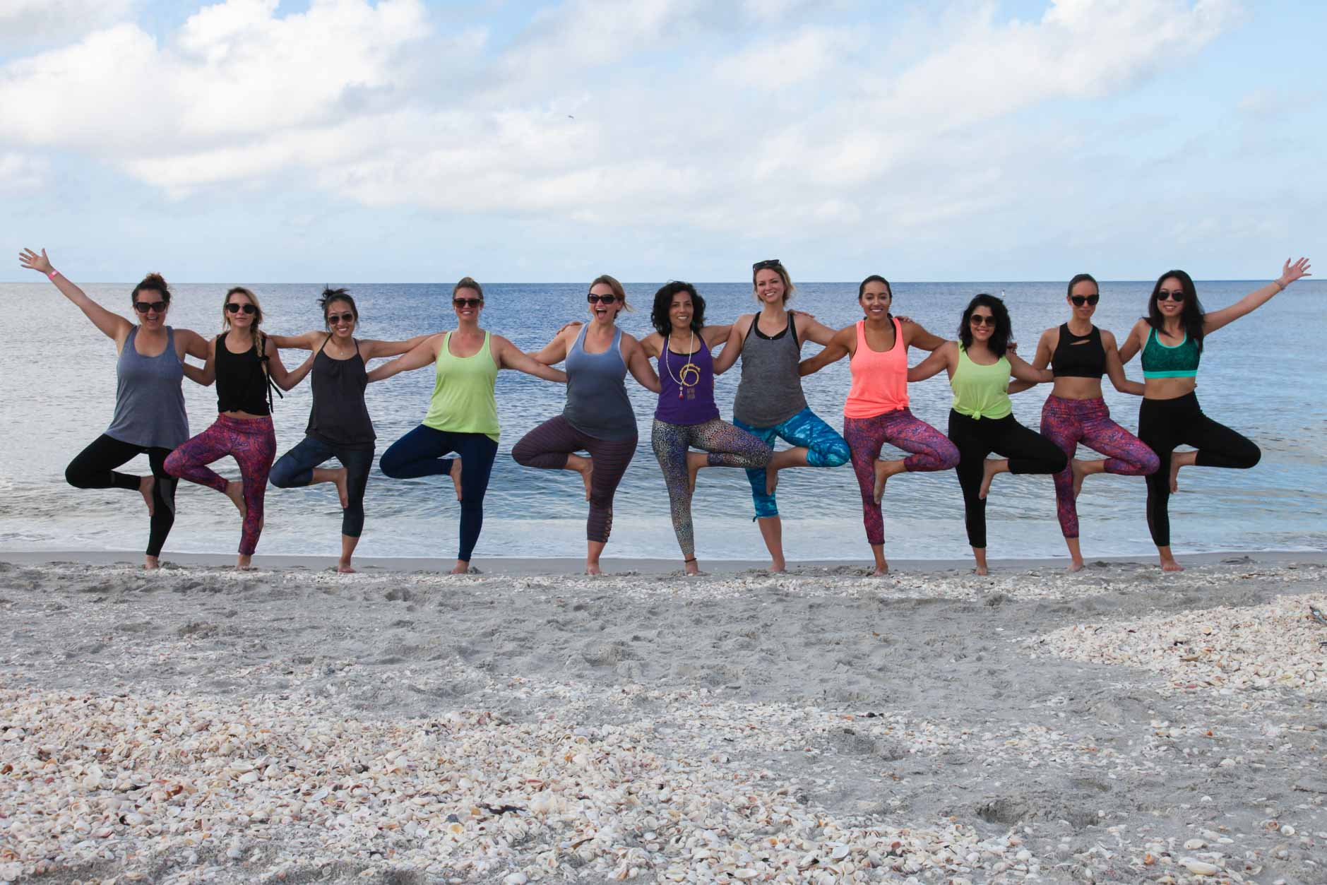 lifestyle bloggers wearing jockey for beach yoga