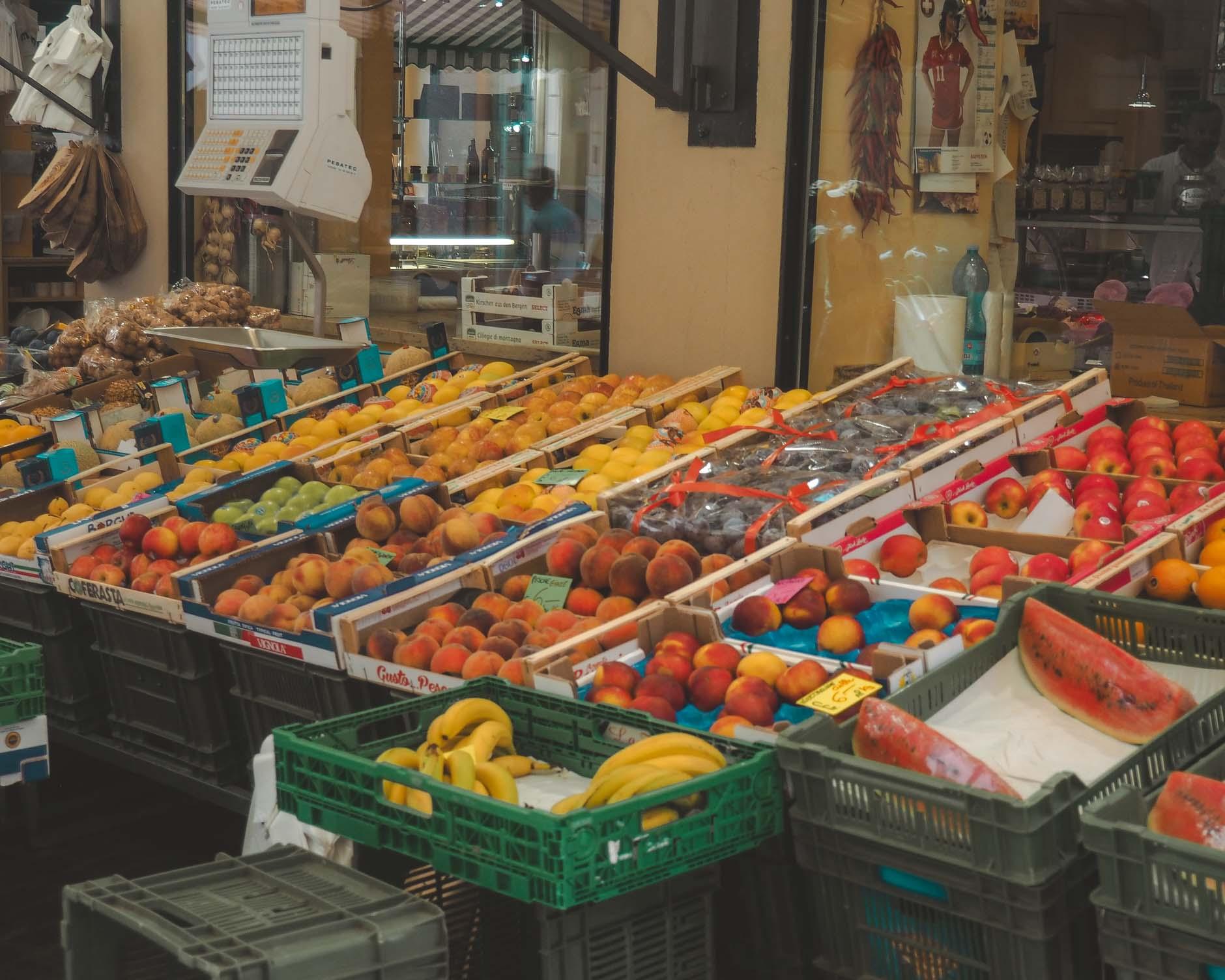 fruit market lugano